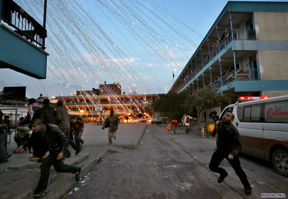 the attacks in gaza An egyptian-brokered cease-fire appears to be holding for the moment along the israel-gaza border on wednesday following the most intensive round of palestinian rocket attacks and israeli.