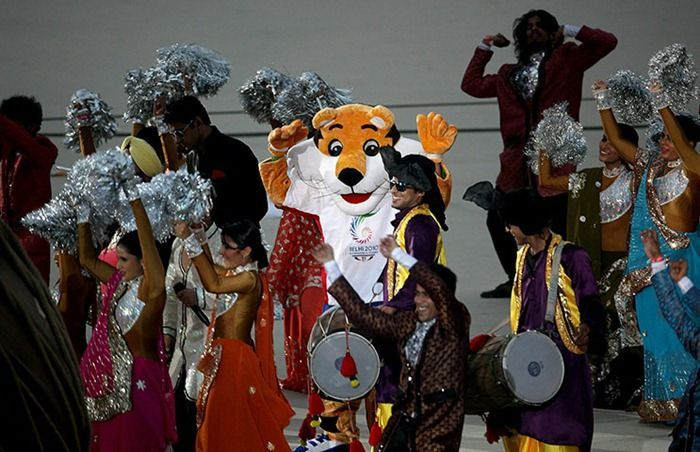 common wealth games in india India is hosting the commonwealth games there's been a spat over who should open the commonwealth games in delhi, india, next week queen elizabeth, head of the 54-nation commonwealth, is too.