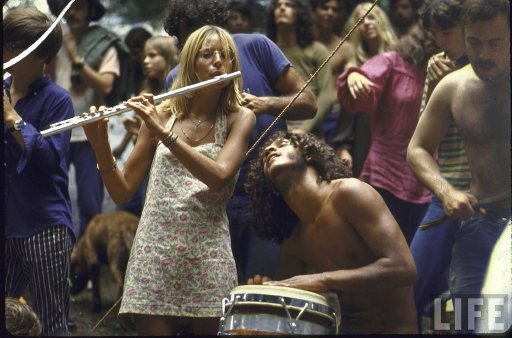 the cultural impact of the woodstock music festival to society The woodstock music & art fair—informally, the woodstock festival or simply woodstock— was a music festival in the united states in 1969 which attracted an audience of more than 400,000 scheduled for august 15–17 on a dairy farm in the catskill mountains of southern new york state, northwest of new york city, it ran.