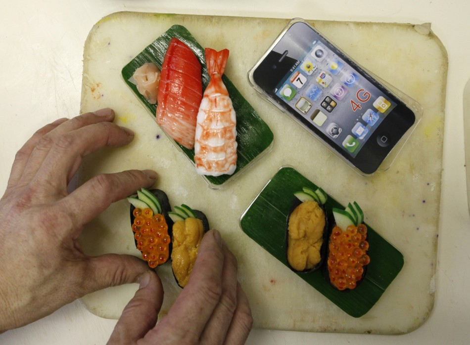 139730 decorate iphones with shushi photos Вкусные чехлы для IPhone