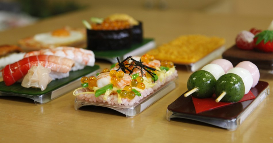 139732 decorate iphones with shushi photos Вкусные чехлы для IPhone