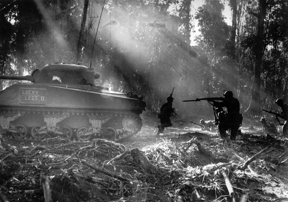 s second world war the continuation of World war ii was huge and involved a lot of countries there were thousands of battlefronts and war sites the two main battlefronts were the battlefront between britain and germany and the battlefront between the japanese and the americans.