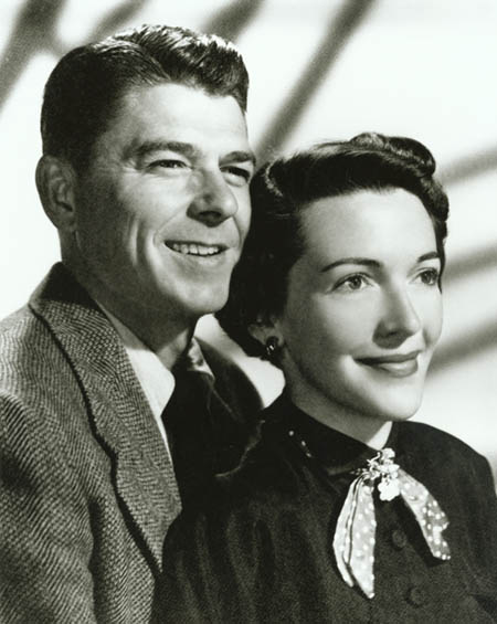 a life and career of ronald reagan You may know that ronald reagan was the 40th president of the ronald reagan began his life on political career when ronald reagan first began.