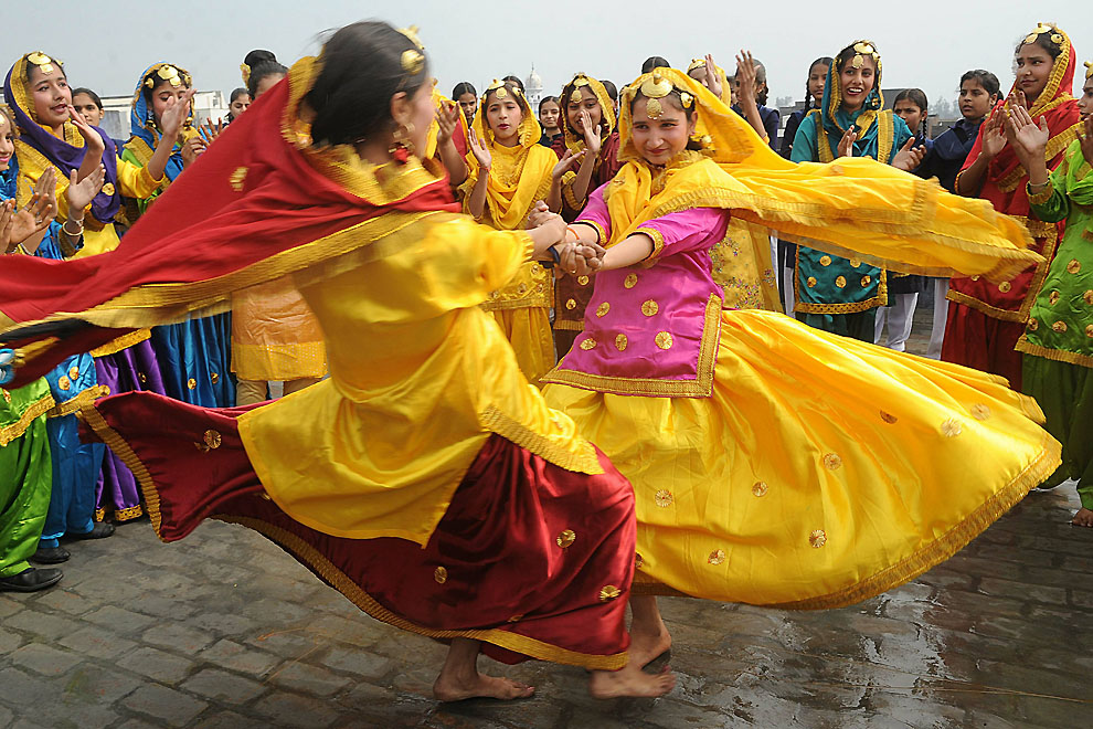 essay on spring festival of india Spring festival for hindus festivals and holidays of india the subcontinent of india essay - the subcontinent of india unlike america.