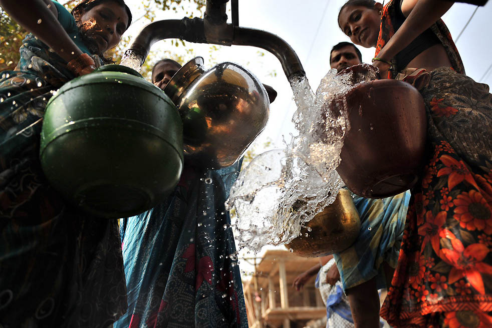 hyderabad water crisis It was poised as india's silicon valley city with swanky offices of multinationals donning the skyline of the city however a revelation by the scientists at the premier national geophysical research institute (ngri) have shook the city authorities with an impact more than an earthquake as per the.