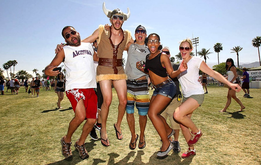 coachella big and beautiful singles This year will be, without a doubt, one of the most insane coachella seasons we've seen in recent years last year's indio city council approval of an increase in 62,000 tickets will make it the most attended year ever, capping at 125,000 people more importantly, this year's lineup is absolutely crazy.